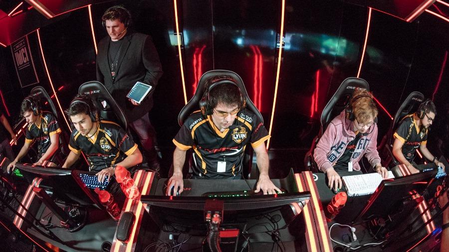 Lyon Gaming took Worlds 2017 by storm, but ultimately failed to advance in the end.